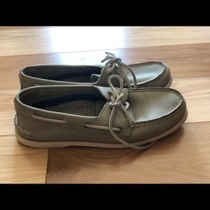 Sperry Topsider. Excellent used condition